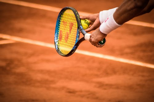 How to choose a tennis racket to start training